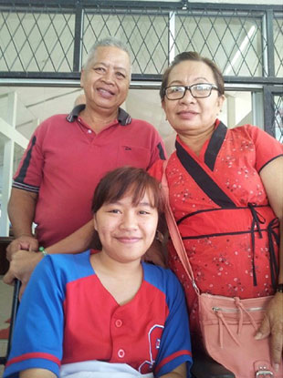 Lidwina and her parents