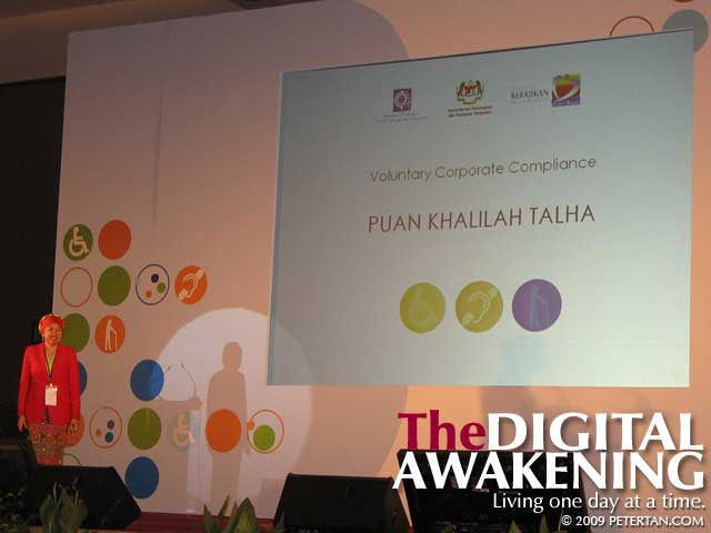 PLUS General Manager of Corporate Communications Puan Khalilah Talha at the Real Roundtable 2006